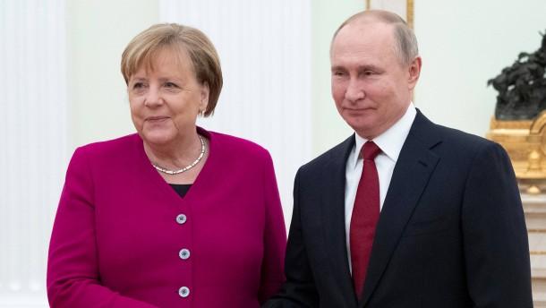 Auf Russland zugehen