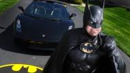 Wohltätiger Batman bei Autounfall ums Leben gekommen