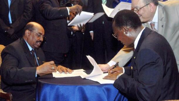 Tschad und Sudan unterzeichnen Nichtangriffspakt