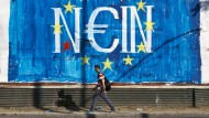 Graffito in Athen im Sommer 2015: Mittlerweile gilt die Euro-Krise im Wesentlichen als abgehakt, obwohl die wirtschaftlichen Schwierigkeiten der EU nicht überwunden sind.