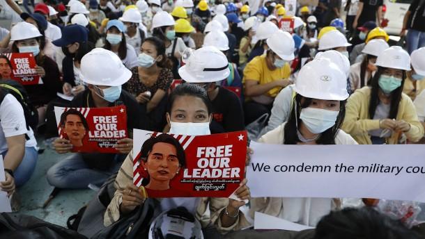 Proteste in Myanmar gehen trotz Gewalt weiter