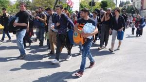 Hunderte Polizisten sollen Zwangsabschiebungen begleiten