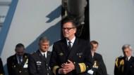 """Andreas Krause, Vizeadmiral und Inspekteur der Marine, am 11. Mai 2017 in Hamburg an Bord der Fregatte """"Nordrhein-Westfalen"""""""