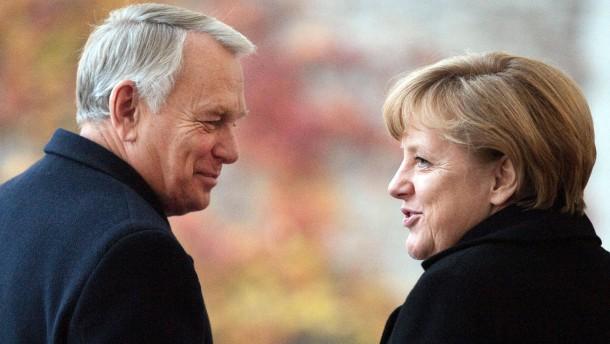 Ayrault beschwichtigt deutsche Sorge um Frankreich