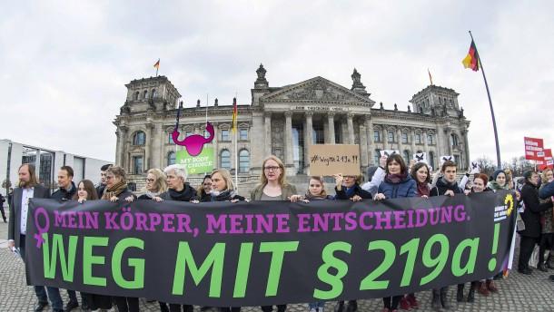 Berliner Senat veröffentlicht Namen abtreibungswilliger Ärzte