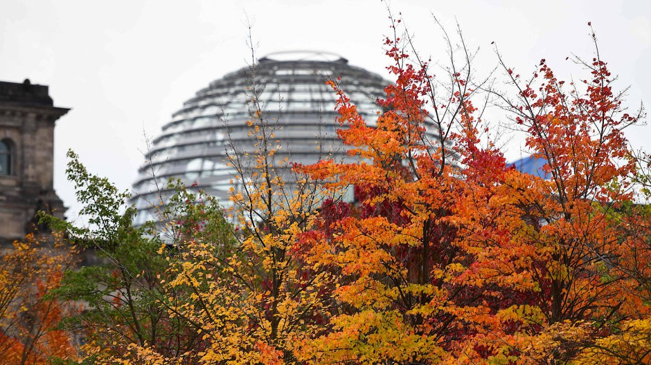 Politischer Frühling im kalendarischen Herbst: In der kommenden Woche konstituiert sich der neue Bundestag.