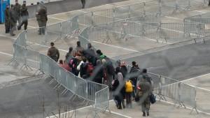 Österreich weitet Grenzkontrollen im Süden aus