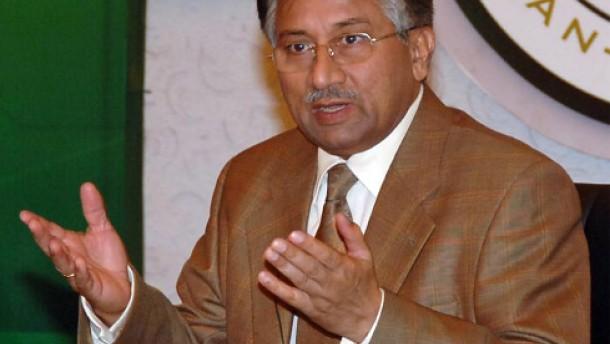 Verfassungsgericht billigt Musharrafs Wiederwahl