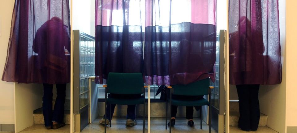 streit ber wahlrecht wer siegt hat noch lange nicht gewonnen wahlen 2011 faz. Black Bedroom Furniture Sets. Home Design Ideas