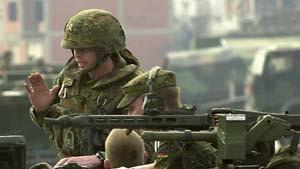 Mehr Panzer, weniger Soldaten in Tetovo