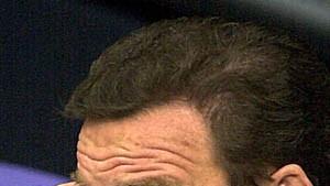 Nur auf die Opposition kann Schröder sich verlassen