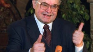 Koschnick: Ich setze auf eine dauerhafte Lösung des Balkan-Problems