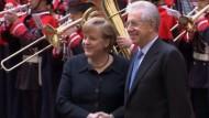 Merkel und Monti warnen - Euro-Zone ist noch nicht über den Berg
