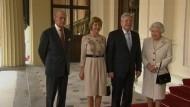 Am Dienstag in London wurde Gauck von Queen Elizabeth zum Mittagessen im Buckingham Palace eingeladen.