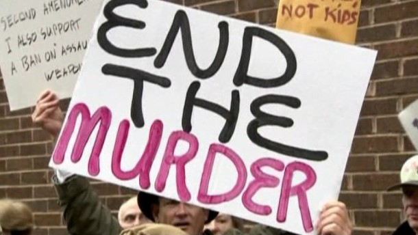 Das Ausmaß der Tragödie von Newtown scheint auch einige bisherige Verfechter der Waffenfreiheit zum Umdenken zu bewegen.