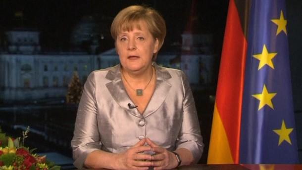 Merkel: Wirtschaftliches Umfeld wird schwieriger - Staatsschuldenkrise noch nicht vorbei
