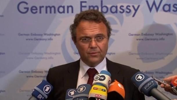 Es gehe bei PRISM um Terrorismus, Proliferation und organsierte Kriminalität, sagte Friedrich.