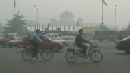 Die Luftverschmutzung in Peking führt bei 75 Prozent der Einwohner zu Gesundheitsproblemen