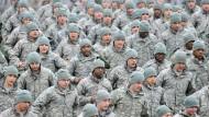 Amerikanische Soldaten bei einem Rundlauf in der Nähe von Seoul (Archivbild)