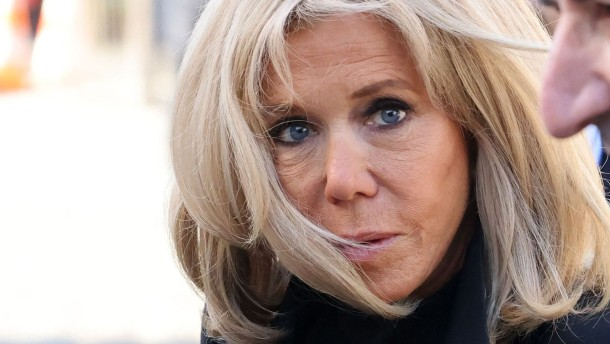 Brigitte Macron hat einen falschen Neffen