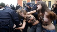 Femen-Protest vor Strauss-Kahn Prozess