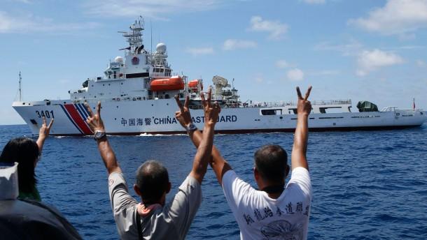 Philippinisches Militärschiff durchbricht chinesische Seeblockade