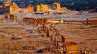 Die antike Wüstenstadt Palmyra könne wieder aufgebaut und so werden wie vorher, so Syriens Altertümerchef Abdulkarim.