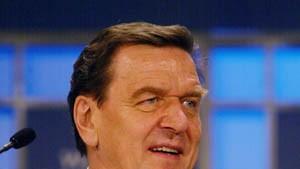 Schröder will Bündnis für Arbeit reformieren