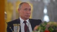 Putin sagt Reise nach Paris überraschend ab