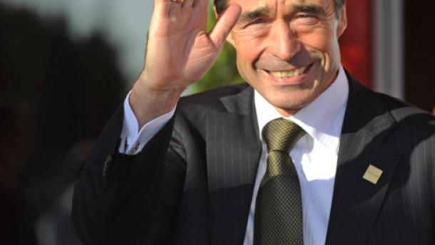 Rasmussen lässt im November wählen