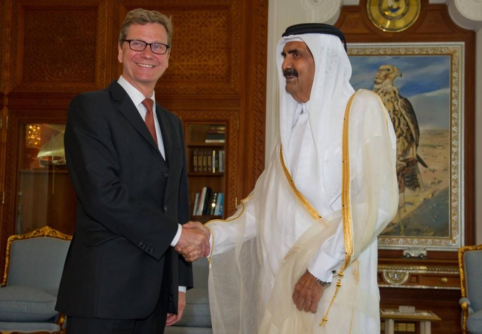 Außenminister Westerwelle am Dienstag in Doha, der Hauptstadt von Qatar, mit dem Emir von Qatar, Scheich Hamad bin Chalifa Al Thani, dem Staatsoberhaupt des Landes. Westerwelle hält sich bis Freitag im Nahen Osten und der Türkei auf