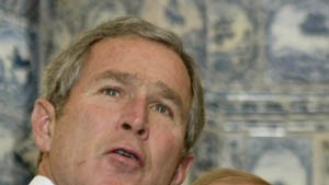 Bush und Putin warnen Irak: Abrüsten oder ernste Konsequenzen