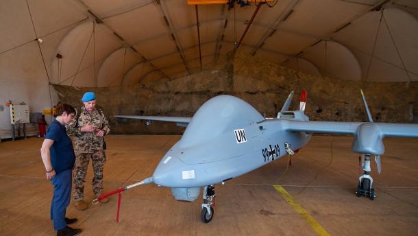 SPD signalisiert Zustimmung für bewaffnete Drohnen