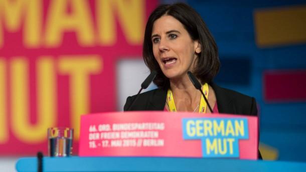FDP wählt Hoffnungsträgerin Suding in Parteispitze
