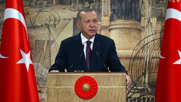 Erdogan wirft OSZE-Vermittlern Nachlässigkeit vor