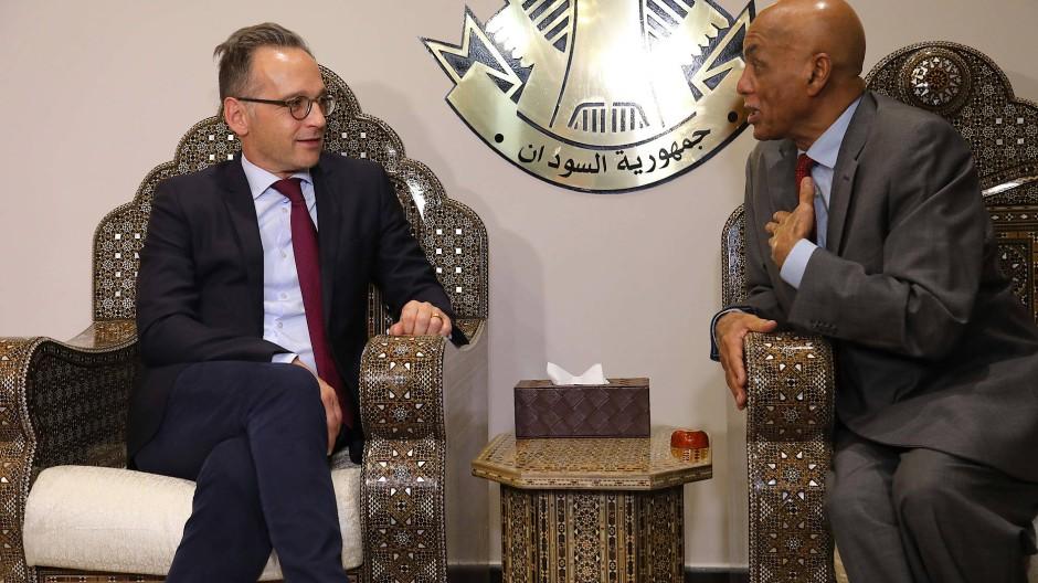 Heiko Maas am Dienstag mit dem Außenminister Sudans Omer Dahab