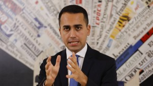 Di Maio stellt Schnellzug in Frage