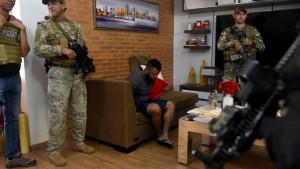 Wo Waffen und Drogen locker sitzen