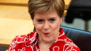 Nicola Sturgeon wiedergewählt