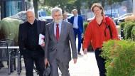 Andreas Schmidt, Vorsitzender der SPD Sachsen-Anhalt , Wirtschaftsminister Armin Willingmann (SPD) und SPD-Landesvorsitzende Juliane Kleemann.
