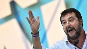 Religiöser Beistand für Salvini