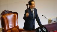 Amtsenthebung von Präsidentin Park eingeleitet