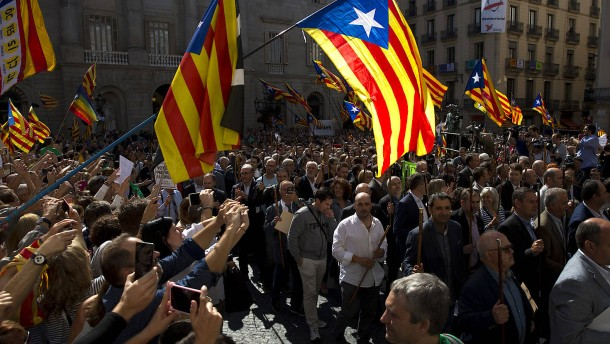 Spanische Polizei nimmt zwölf Separatisten fest