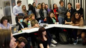 Wie Ungarns Regierung eine missliebige Hochschule bekämpft