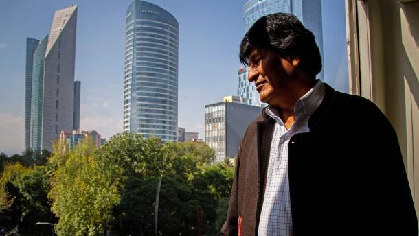 Morales fordert Regierung zu Rücktritt auf