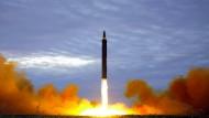 Bald vorbei: Test eine Mittelstreckenrakete in Nordkorea