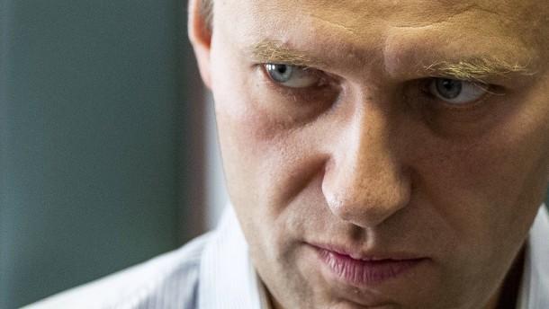 Putinkritiker Nawalnyj im Koma