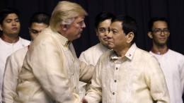"""Trump verzichtet auf Kritik an Dutertes """"Drogenkrieg"""""""