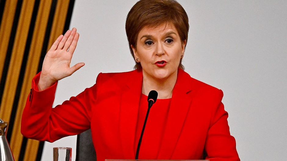 Beschwört ihre Unschuld: Nicola Sturgeon am Mittwoch im Untersuchungsausschuss