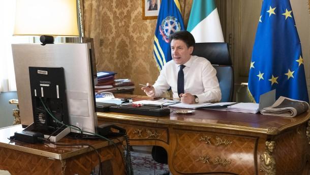 Italien wird in der Krise per Facebook regiert